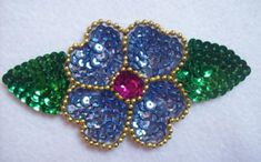 Hand Work Embroidery, Beaded Embroidery, Bordados Tambour, Sequin Appliques, Fabric Flowers, Beaded Jewelry, Cross Stitch, Sequins, Valentines