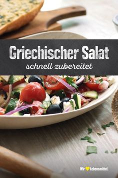 Griechischer Salat This Greek salad brings healthy freshness to the table. Whether as a main course Salad Recipes Healthy Vegetarian, Healthy Vegetarian Breakfast, Healthy Low Carb Recipes, Healthy Eating Recipes, Meat Recipes, Indian Food Recipes, Meatloaf Recipes, Soul Food, Food Videos