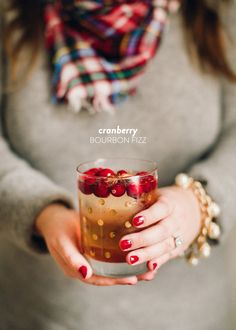 Cranberry Bourbon Fizz  Read more - http://www.stylemepretty.com/living/2013/12/20/cranberry-bourbon-fizz/