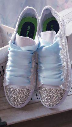 Bride Sneakers, Bride Shoes, Wedding Shoes, Pastel Photography, Adidas Shoes Women, Pretty Shoes, Shoes Heels Boots, Me Too Shoes, Fashion Shoes