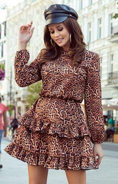 Numoco Sukienka w panterkę Romi 285-1 European Fashion, Unique Fashion, Retro Fashion, Womens Fashion, Frill Dress, Mini Vestidos, Pajamas Women, Stunning Dresses, Online Shopping Clothes