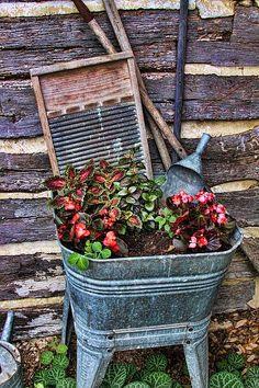 antique wash bin
