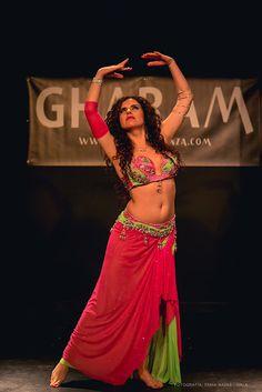 Asociación de Mujeres Najmarabic. Fashion, Bellydance, Ballerinas, Dancing, Culture, Events, Girls, Women, Clothing