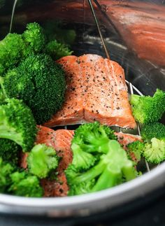 Instant Pot Salmon (Fresh or Frozen) Instant Pot Salmon (Fresh or Frozen) Detoxinista detoxinista Instant Pot Recipes Here&;s a PERFECT method for cooking salmon in the […] broccoli instant pot Instant Pot Fish Recipe, Instant Pot Dinner Recipes, Salmon Recipes, Fish Recipes, Healthy Recipes, Keto Recipes, Instant Pot Pressure Cooker, Pressure Cooker Recipes, Slow Cooker