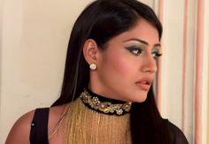 Beauty Eyeliner Looks, Eyeshadow Looks, Anika Ishqbaaz, Modern Sari, Surbhi Chandna, Thread Jewellery, Queen, Indian Designer Wear, Bridal Lehenga