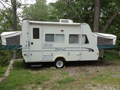 How can I restore my hybrid travel trailer? Hybrid Travel Trailers, Travel Trailers For Sale, Hybrid Campers For Sale, Trailer Tent, Caravan Makeover, Bed Tent, Rv Life, Recreational Vehicles, Restoration