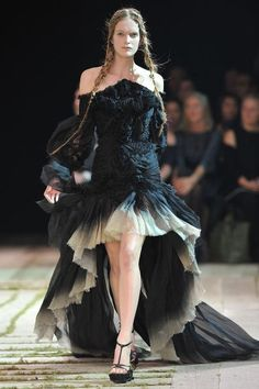 Alexander McQueen Ready to Wear Spring/Summer 2011  my heart skipped a beat when i saw this one