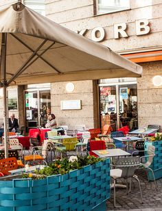 Cafe Korb (c) STADTBEKANNT - Das Wiener Online Magazin Vienna Austria, Coffeehouse, Basket