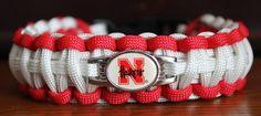 University of Nebraska Cornhuskers - college paracord bracelet with school colors