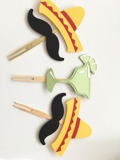 Fiesta Cupcake Toppers! Sombreros with Mustaches & Lime Margaritas! DETAILS: - x5 Sombrero w/ Mustache Toppers. (3.4x 2.5) - x5 Margarita Toppers (2.6x 3) - Each Topper is on a wooden Toothpick Fork Let us know if your interested in other color options! This item will ship two day priority mail