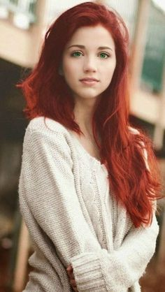 rote haar 12 Cute And Sexy Shade Ideas For Your Red Hair To Make A Statement - Han Balder Red Hair Green Eyes Girl, Red Hair Woman, Girls With Red Hair, Green Hair, Pink Hair, Fall Hair Colors, Red Hair Color, Red Hair Shades, Ginger Brown Hair