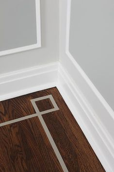 It is all in the details. sarah richardson sarah 101 dining room floor inlay detail #sarah richardson