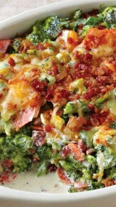 Creamy Broccoli-Bacon Bake ~ a simply scrumptious side dish… Shredded cheddar … Creamy Broccoli-Bacon Bake ~ a simply scrumptious side dish… Shredded cheddar cheese and smoky bacon give this tasty broccoli bake its creamy flavorful appeal. Banting Recipes, Healthy Recipes, Low Carb Recipes, Cooking Recipes, Delicious Recipes, Cooking Chef, Bacon Recipes Keto, Low Carb Meals, Bacon Casserole Recipes