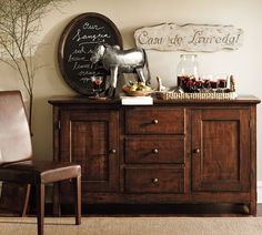 Benchwright Buffet Hutch, Vintage Spruce finish | Mahogany stain ...