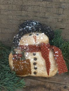 Mr Shivers Primitive Snowman Ornie
