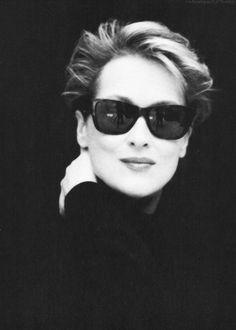 Meryl Streep | actor | portrait | glasses | wallpaper | popular | favorite | 1:2 | ram2013