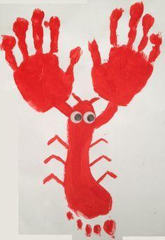 Lobster foot hand, Activity manual and DIY child Summer Crafts, Diy And Crafts, Arts And Crafts, Preschool Art, Preschool Activities, Diy For Kids, Crafts For Kids, Animal Activities, Finger Painting