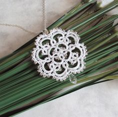 Bridal Beaded Pendant in Tatting. Another thing I need to make :)