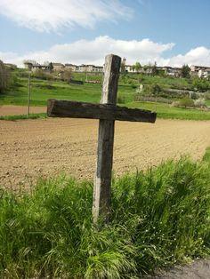 Croce nel campo, Castiglione di Garfagnana