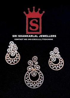 Exclusive Diamond Locket With Earring's Collections at WholeSale Prices! Please Visit Our Store Sri Shankarlal Jewellers At Jubilee Hills, Hyderabad.To See Complete Collections For any further information Please Contact us 7702434540 Diamond Bangle, Diamond Jewellery, Diamond Pendant, Diamond Earrings, Indian Jewelry Sets, Royal Jewelry, India Jewelry, Pendant Set, Pendant Jewelry