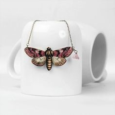 Flutter flutter, what a lovely gift this pink wooden butterfly necklace would make! Fly Love, Soft Purple, Purple Butterfly, Butterfly Necklace, Czech Glass Beads, Autumn Fashion, Fashion Accessories, Lovers, Chain