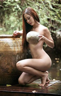 Has Native thai girl nude