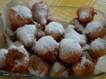 Gogosi cu Iaurt sau Lapte Batut - imagine 4 Jacque Pepin, Romanian Food, Dessert Recipes, Desserts, Puddings, Potatoes, Vegetables, Tailgate Desserts, Deserts