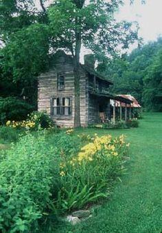 #Log #Cabin http://www.mastfarminn.com/accommodations/cottages/loomhouse.html