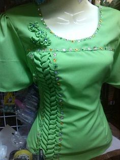 Vertical smocked motif on blouse
