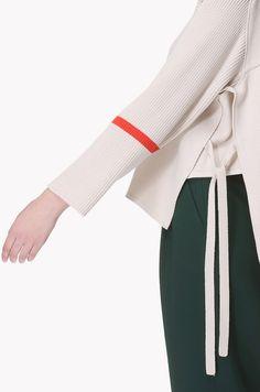 Color line point cashmere knit top