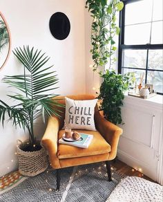 The Nordroom - The Plant-Filled Brooklyn Apartment of Viktoria Dahlberg furniture living room Living Room Decor, Bedroom Decor, Bedroom Ideas, Plants In Living Room, Retro Living Rooms, House Plants, Living Room Designs, Dining Room, Brooklyn Apartment