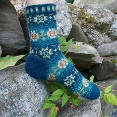 Ravelry: Evening Rose Socks pattern by Mary Jane Mucklestone Fair Isle Knitting, Knitting Socks, Hand Knitting, Knit Socks, Knitting Patterns, Crazy Socks, Cool Socks, Awesome Socks, Lots Of Socks