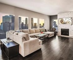How to Make Your Small Interior Look Large - Beauty and the Mist Living Room Photos, Living Room Decor, Living Spaces, Home Staging, Home Interior, Modern Interior Design, Contemporary Design, Home Trends, Beautiful Living Rooms