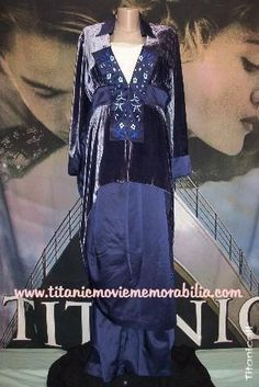 Titanic (1997) costumes wardrobe TITANIC - ORIGINAL J  PETERMAN REPRODUCTION of  ROSE S BLUE SILK   VELVET (I m Flying) DRESS ENSEMBL