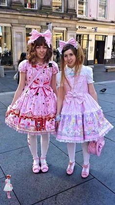 A brolita is a guy who dresses up in Lolita Fashion, and is accepted at Lolita Fashion community and their events Gothic Lolita Fashion, Punk Fashion, Fashion Boots, Harajuku Fashion, Kawaii Fashion, Mode Lolita, Lolita Style, Punk Rock Outfits, Emo Outfits