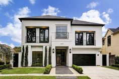 3036 Georgetown Street West University Place TX 77005 was recently sold. Dream Home Design, Home Design Plans, Modern House Design, Casas The Sims 4, Luxury Homes Dream Houses, Modern Architecture House, Modern Houses, Dream House Exterior, Facade House