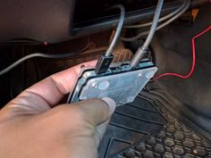 Putting a Raspberry Pi in a Car is a Great Idea. Here's How it's Done. - arduino beginner Putting a Raspberry Pi in a Car is a Great Idea. Here's How it's Done. Putting a Raspberry Pi in a Car is a Great Idea. Here's How it's Done. Pi Projects, Arduino Projects, Diy Tech, Cool Tech, Diy Electronics, Electronics Projects, Electronics Components, Projetos Raspberry Pi, Raspberry Projects
