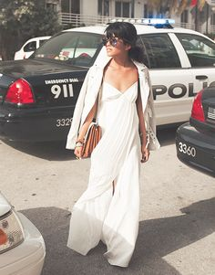Club Monaco offers chic and stylish men's and women's clothing. Discover fashionable dresses, shirts, pants and more when you shop Club Monaco. White Maxi Beach Dress, White Maxi Dresses, White Dress, Club Monaco, Olivia Lopez, Fashion Show, Fashion Trends, Fashion Spring, Fashion Ideas