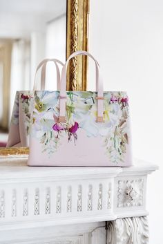 Our favorite bag straight from Ted Baker. #stockalovesparis