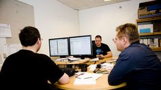 Guardianes del código informático / Isaac Altable + @eldiarioes | #sci #tech #inn #readyforbusiness