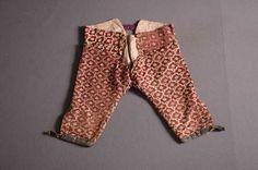 Herenkostuum 'habit à la française' (1760 - 1770) Zijde. Inventarisnummer 7900/001-003