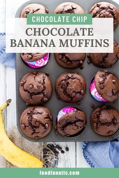 These chocolate banana muffins are loaded with chocolate and banana flavour and filled with chocolate chips. They mix up quickly and make the perfect snack! Waffle Recipes, Muffin Recipes, Baking Recipes, Snack Recipes, Dessert Recipes, Breakfast Snacks, Best Breakfast Recipes, Nutritious Snacks, Easy Snacks