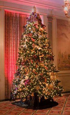The Christmas Decorator