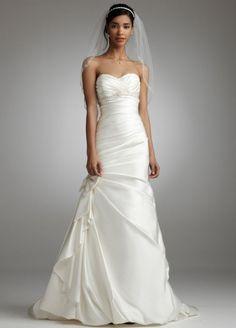 Petite wedding dress  Davids Bridal Wedding   Big Fashion Show petite wedding dresses