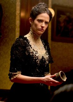 Eva Green as Vanessa Ives in Penny Dreadful (TV Series, Eva Green Penny Dreadful, Penny Dreadful Season 2, Penny Dreadful Tv Series, Vanessa Ives, Dorian Gray, Penny Terrible, Penny Dreadfull, Actress Eva Green, Best Television Series