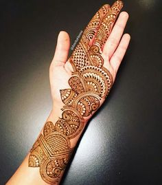 Best and new Mehndi Design in the post Mehndi Design Front Hand for the best inspiration ideas today. Thank you for visiting the post Mehndi Design Front Full Hand Mehndi Designs, Simple Arabic Mehndi Designs, Henna Art Designs, Mehndi Designs For Girls, Mehndi Designs For Beginners, Modern Mehndi Designs, Mehndi Design Pictures, Wedding Mehndi Designs, Mehndi Designs For Fingers