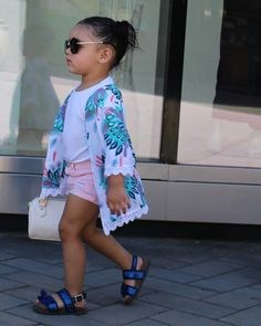 A Perfect Handbag Swag Outfits, Girl Outfits, Toddler Fashion, Kids Fashion, Kids Suits, Little Fashionista, Trendy Kids, Cute Outfits For Kids, Fashion Games