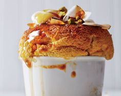 How to Make Pumpkin-Pie Souffle (for Under 200 Calories! This delicious and indulgent dessert won't put you into a food coma when you're done devouring it...