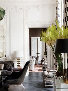 Awesome Interior Room Design for Relaxing in Parisian Apartment - French Interior, French Decor, Home Interior, Interior Decorating, Classic Interior, Scandinavian Interior, Decorating Ideas, Interior Styling, Decorating Websites