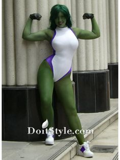 Hulk Cosplay Funny Image from evilmilk. Hulk Cosplay was added to the pictures archive on Marvel Cosplay, She Hulk Cosplay, Best Cosplay, Female Cosplay, Awesome Cosplay, Comic Con Costumes, Cosplay Costumes, Cosplay Ideas, Costume Ideas